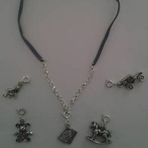 Other - Childs Interchangable Charm Necklace 5 Charms